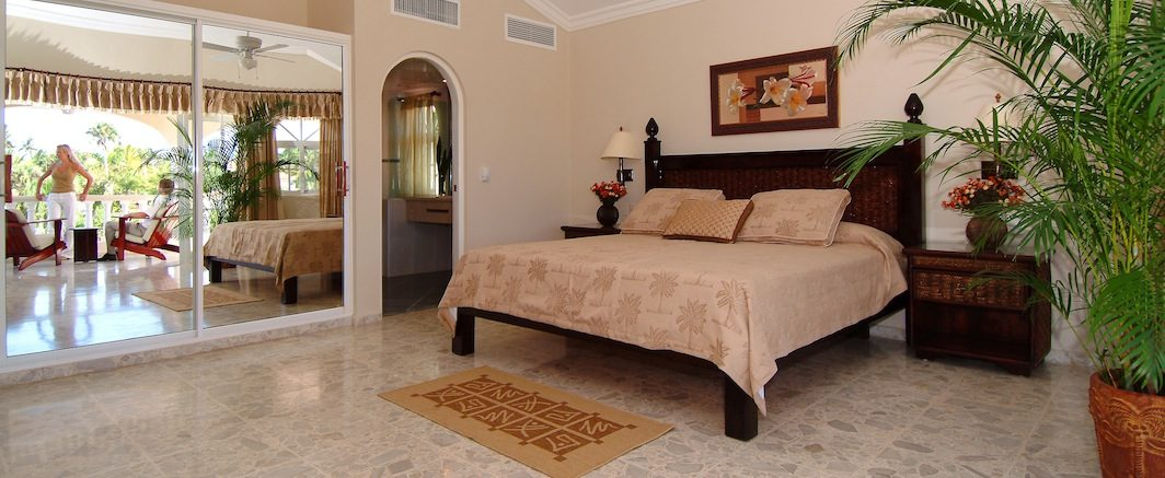 crown-villas-accommodations8-1064x437